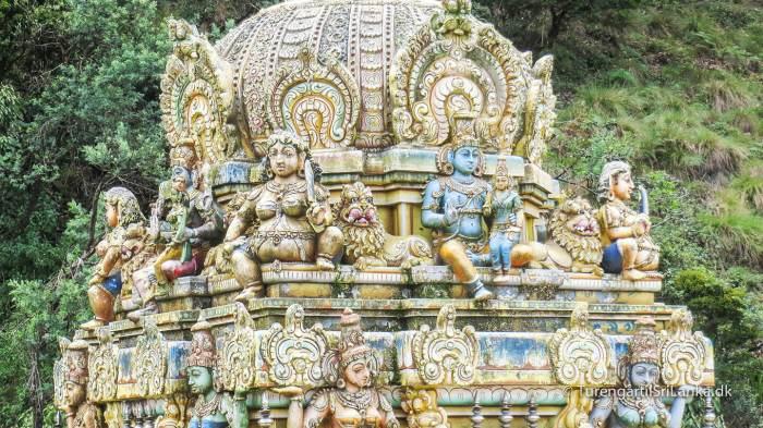 Seetha Amman Temple i landsbyen Seetha Eliya, siges at markere et andet af de steder i Ramayana, hvor dæmonkongen Ravana holdt Sita fanget. Her bad hun hver eneste dag for at Rame ville finde og befri hende fra fangenskabet hos kongen. Et aftryk på klippen, siges at være et fodaftryk, afsat af Ravana's elefant.