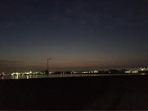 釣り場夜明け前