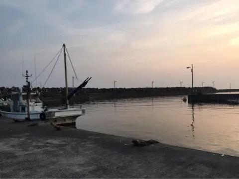 下荘漁港内向き
