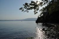 自然の湖でフライとルアーだったらどちらが釣れますか?