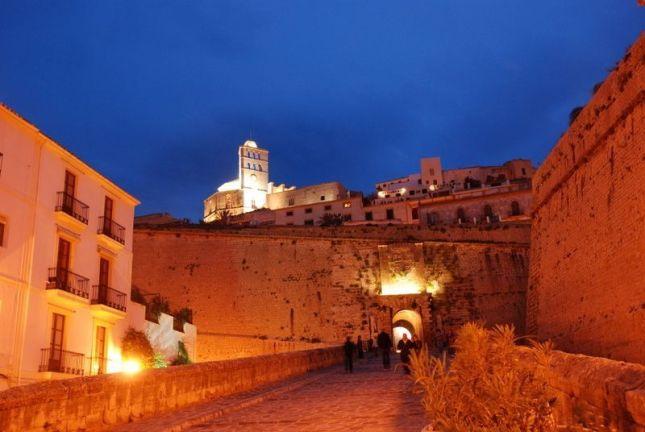Dalt Vila, la ciudad amurallada de Ibiza