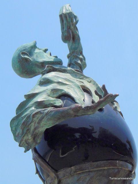 Puerto Vallarta y el malecón de las esculturas