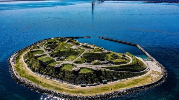 Ungdomsøen er en vild oplevelsesplatform og et udviklingscenter for hele Danmarks ungdom. (Foto: Max Mestour / Ungdomsøen)