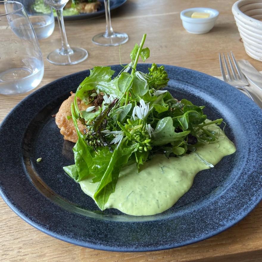Frokost på Rabarbergården i Vejby. (Foto: Lars Bo Axelholm)
