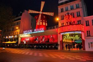 Visitar Moulin Rouge