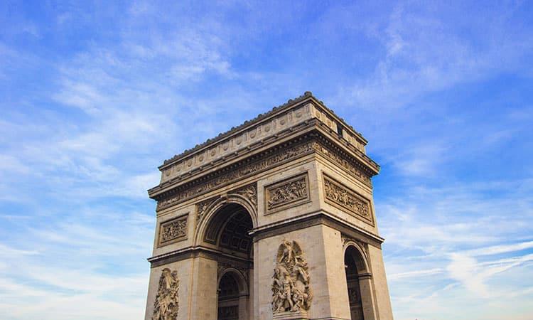 Visitar o Arco do Triunfo