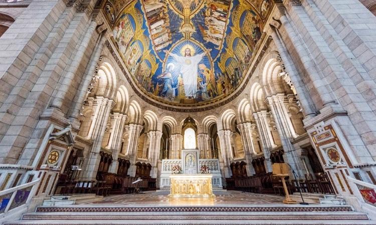 interior basilica sacre coeur