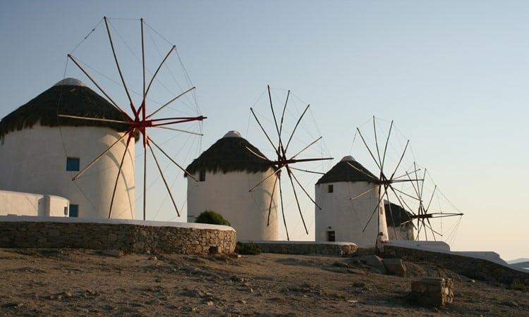 myconos na grecia moinhos vento
