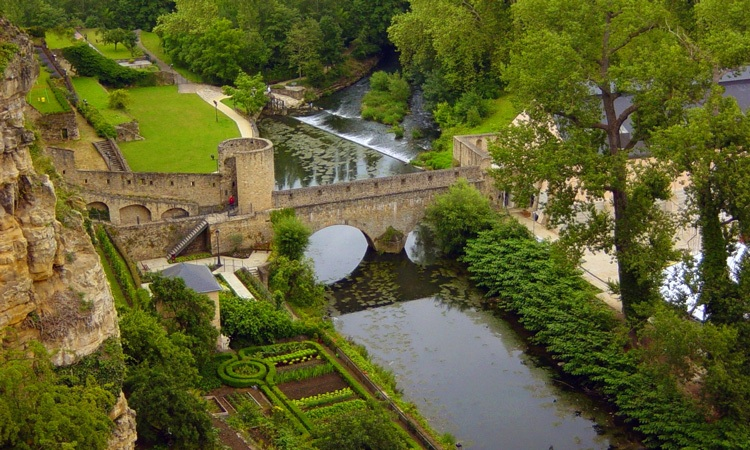 horario de funcionamento jardim de luxemburgo