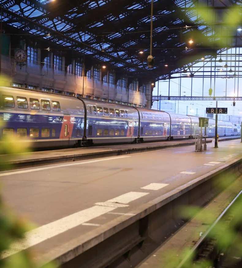 0a40934e056 Ouigo  quanto custa viajar de trem low cost e destinos pela França