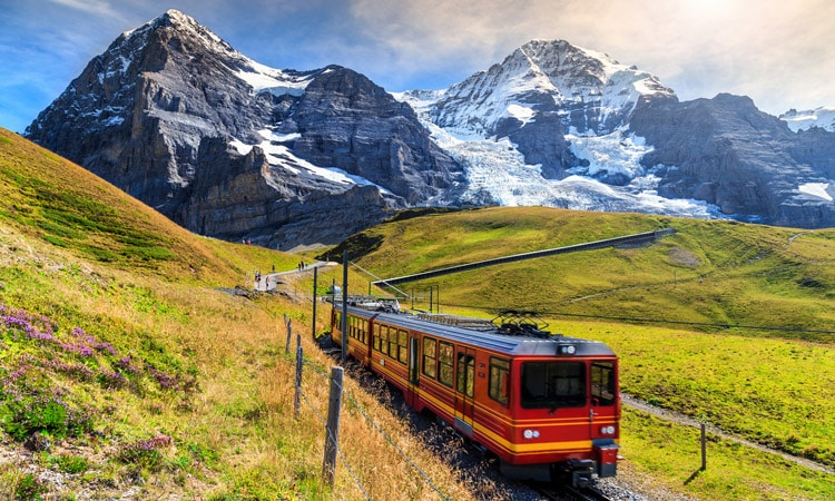 como funciona o trem na europa entre paises