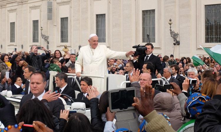 papa no comando