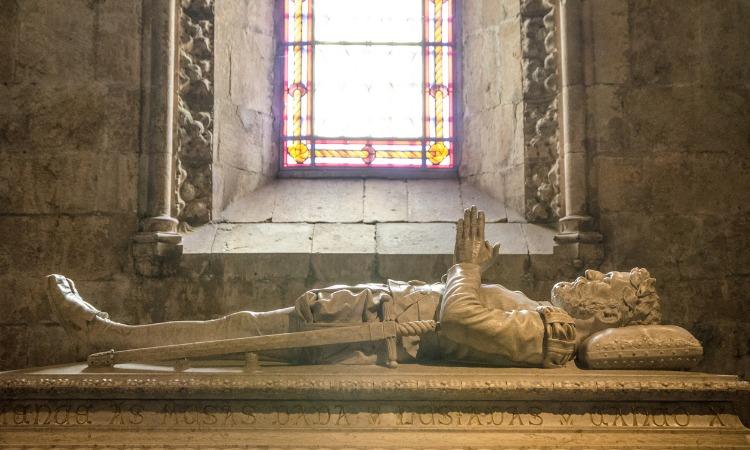 Ingressos Mosteiro dos Jerónimos túmulo Camões