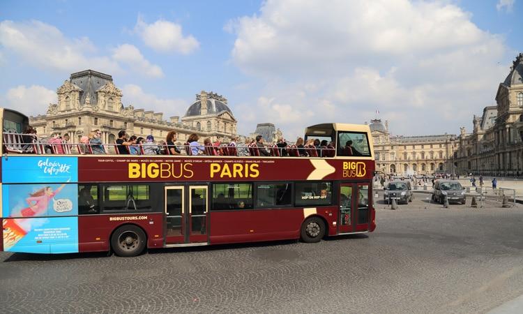 ônibus de turismo em Paris Big Bus