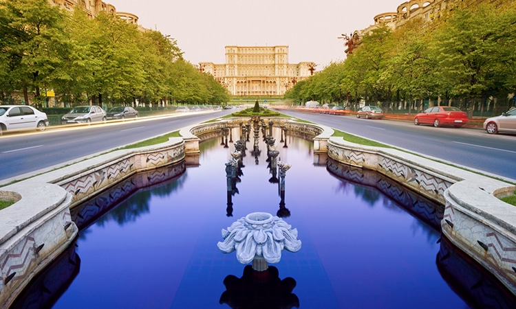 palácio do parlamento em bucareste
