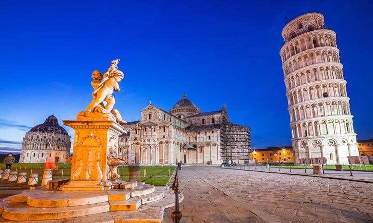 Torre de Pisa Catedral de Santa Maria da Assunção