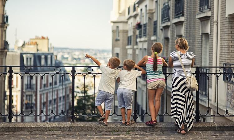 viajar para paris com crianças