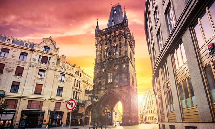 Roteiro Praga Torre da Pólvora