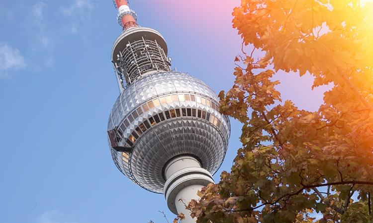 Torre de TV em Berlim outono