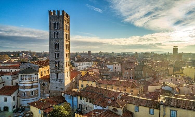 bate e volta Florença Lucca