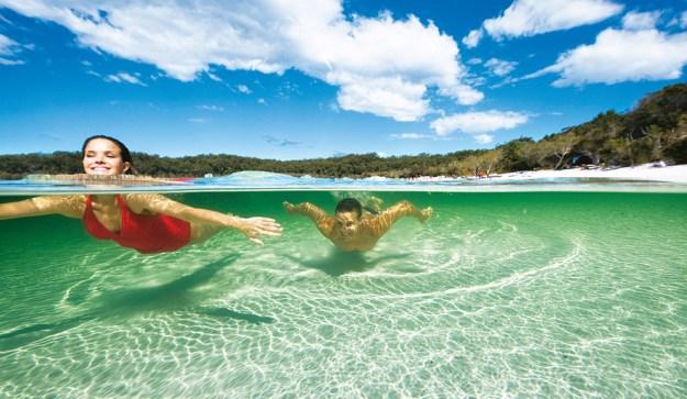 El lago McKenzie en Fraser Island cautiva por sus intensos colores. Foto: dpa
