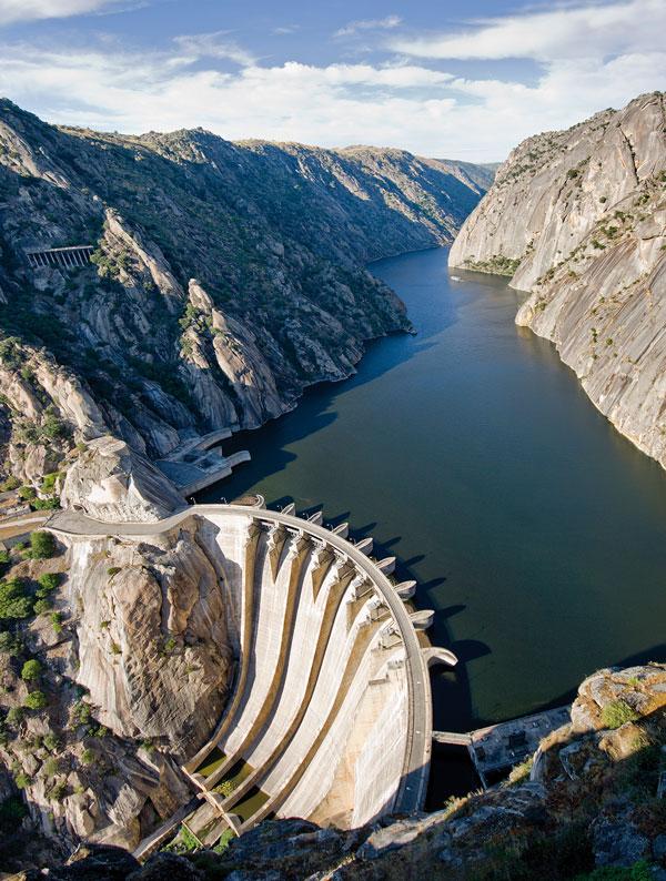 Una de las vistas que nos sorprenden desde los miradores de las Arribes del Duero