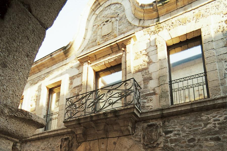 Fachada Museo del Bierzo