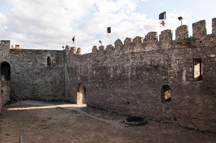 Patio del Castillo Viejo