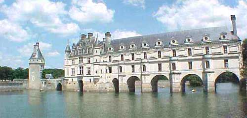 Chenonceau y Chaumont en los Días de las Reinas