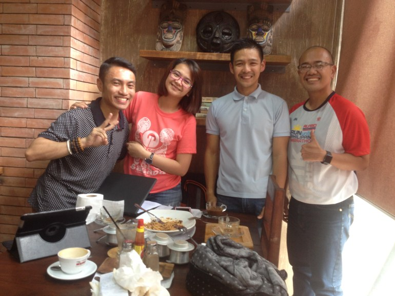 Me, Ate Loud, Sir Stephen (The Manager of The Coffee Library), and Sir Andrew