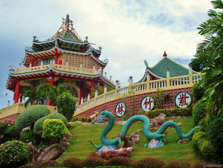 Cebu Taoist Temple | Turista Boy