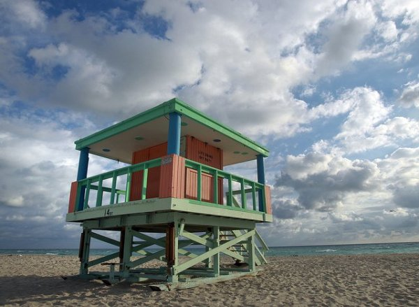 Lifeguard tower. Foto: VISIT FLORIDA by Patrick Farrell