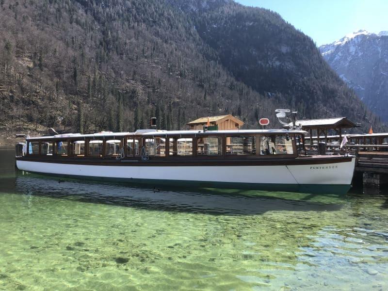 Passeio de barco pelo Konigssee