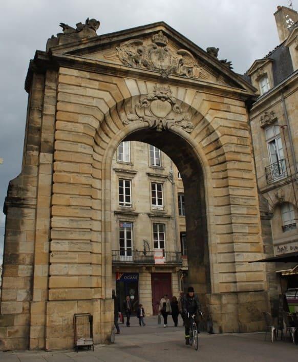 Pórtico Dijeaux em Bordeaux.