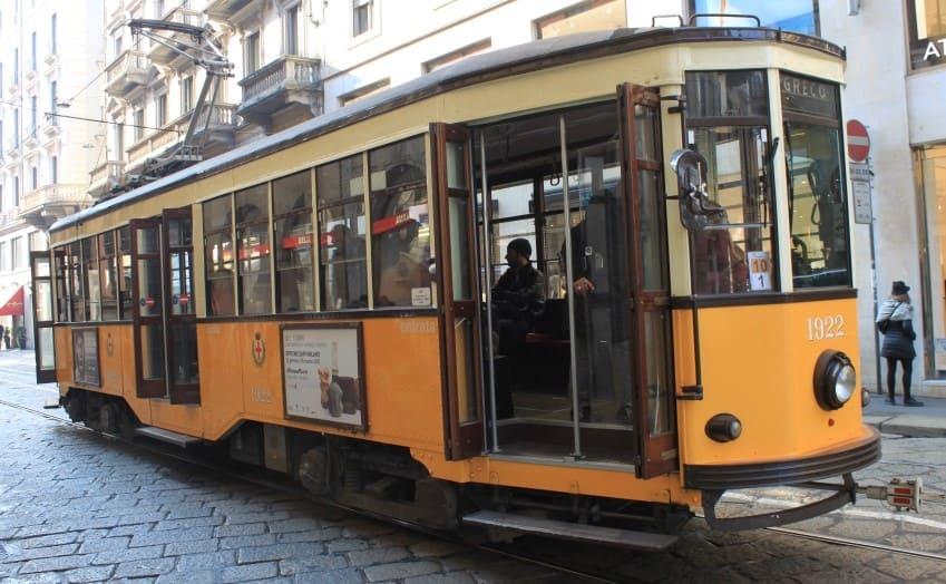 Sistema de transporte em Milão.