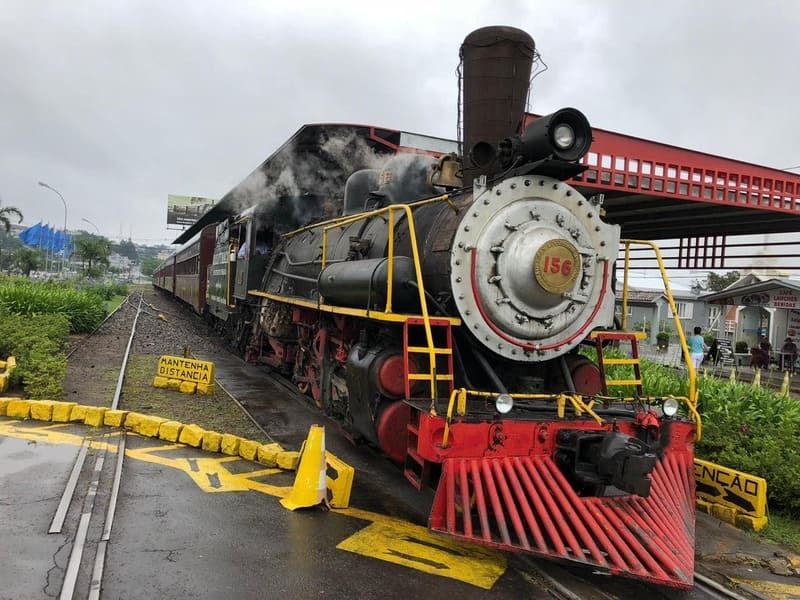 Trem Maria Fumaça que funciona entre Bento Gonçalves e Carlos Barbosa.