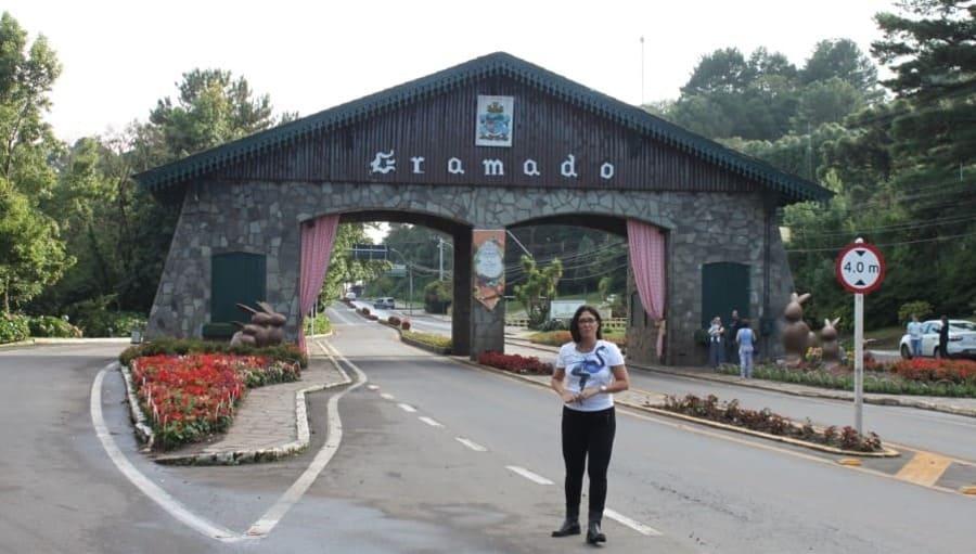 City tour por Gramado e Canela: portal da cidade de Gramado via Nova Petrópolis.