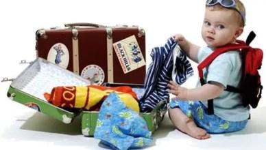 O que levar na mala de viagem do bebê?