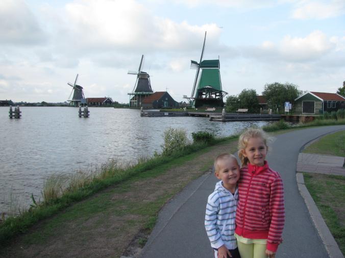 Amsterdam - zaanse schans wind mills