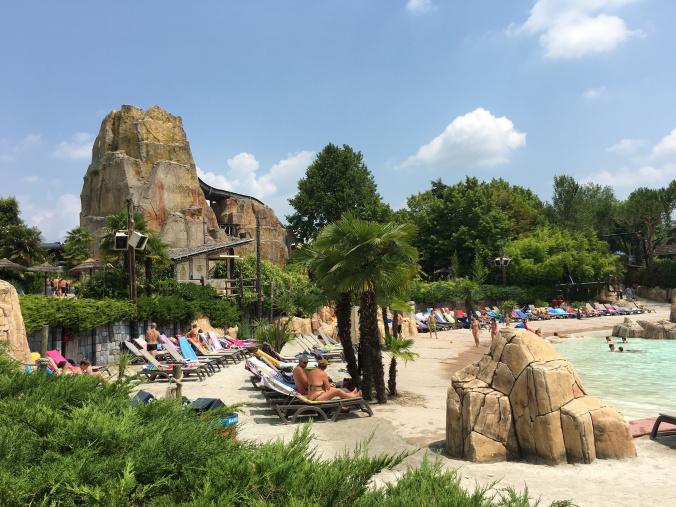 CanevaWorld - pool