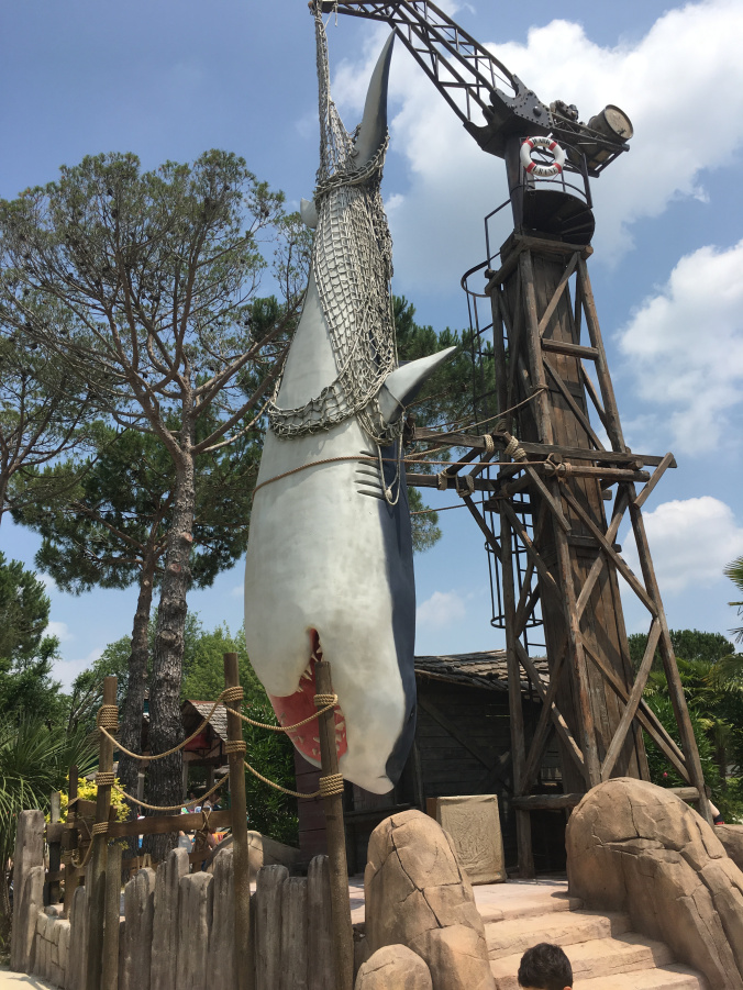 CanevaWorld - shark