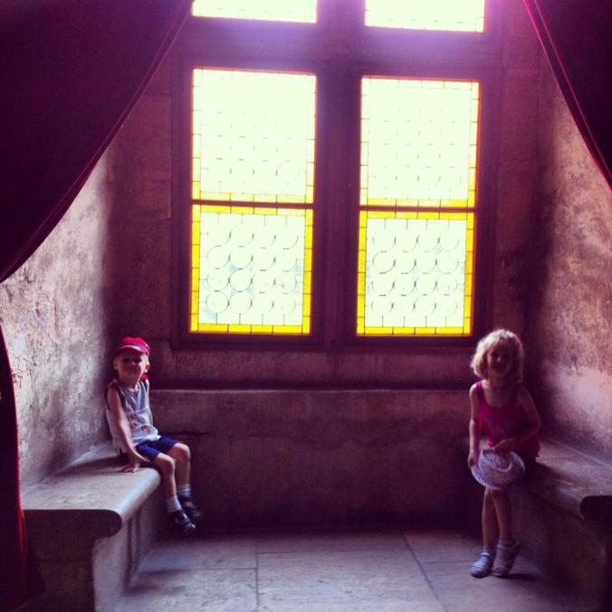 Defileul Dunarii - castelul corvinilor1