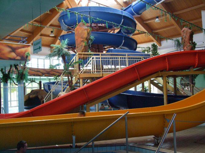 Nyiregyhaza Aquarius - indoor slides