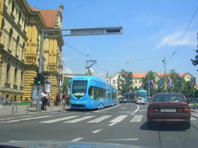 Opatija - zagreb tram
