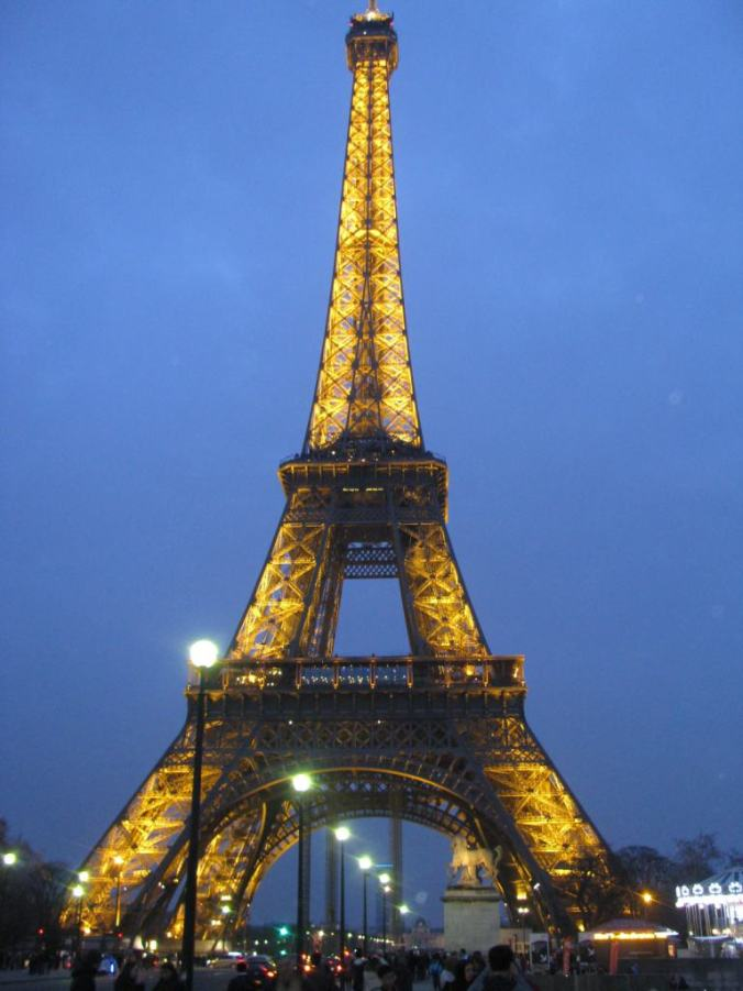 paris - tour eiffel by night
