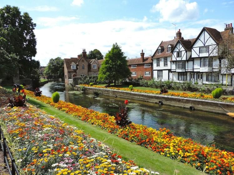Canterbury, camminare lungo il fiume Great Stour River