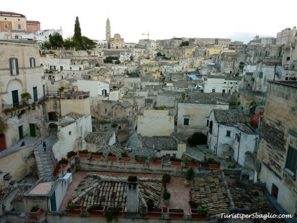 Vista sul Sasso Barisano da Piazza Vittorio Veneto