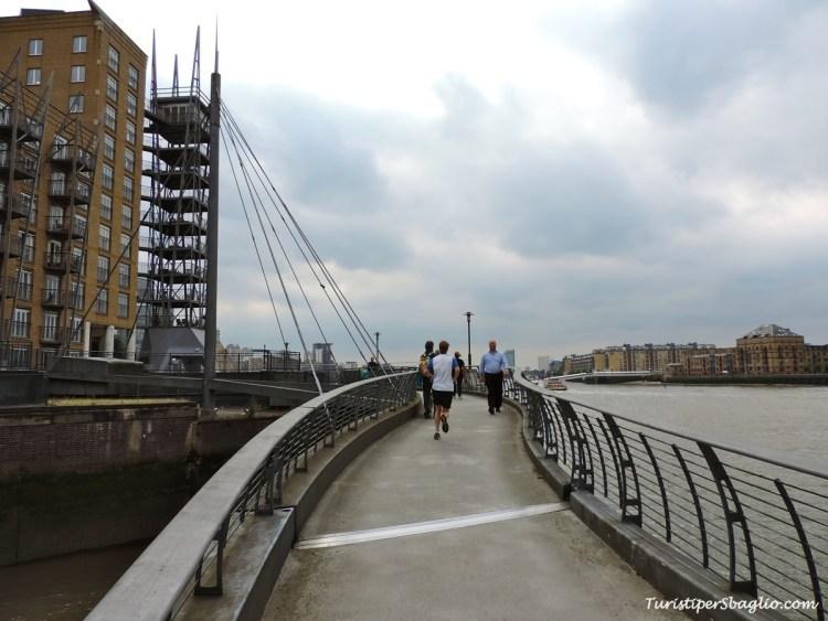 Londra passeggiata a Canary Wharf