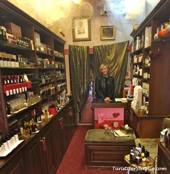 Profumeria Cherry Via Crispi 73 Roma - 01