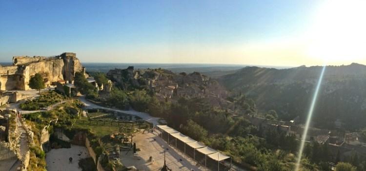 Les-Baux-de-Provence, incantevole borgo di pietra nella Provenza del MedioEvo
